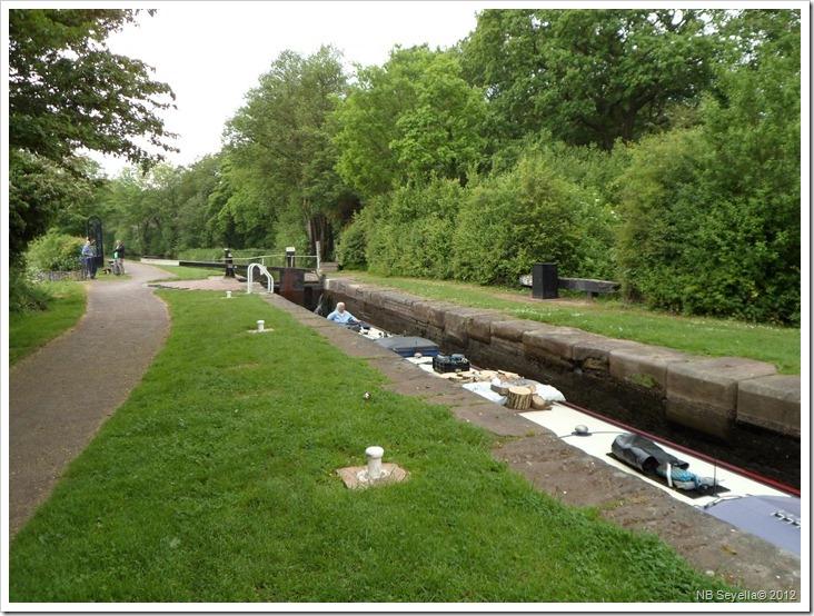 SAM_0534 Trentham Lock