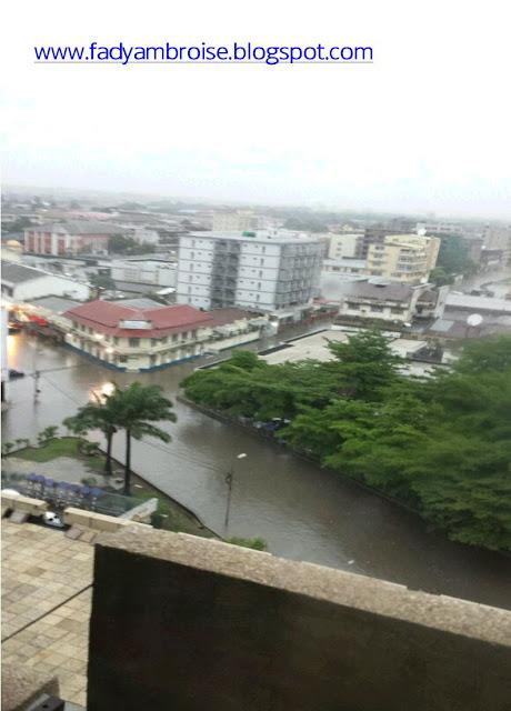 Kinshasa se réveille sous une forte pluie