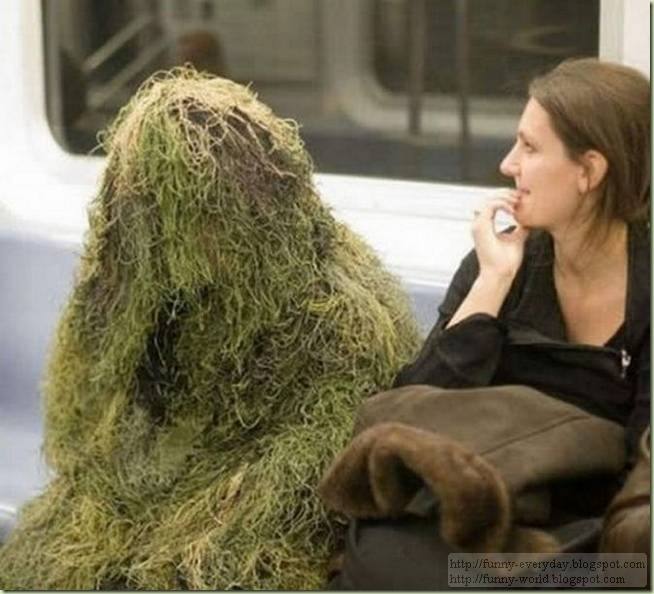 weirdest-people-on-the-subway03