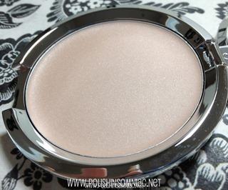Hello Light Anti-Aging Crème Luminizer