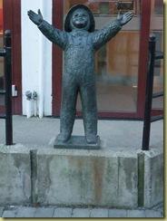 Sandnessjoen Statue-1