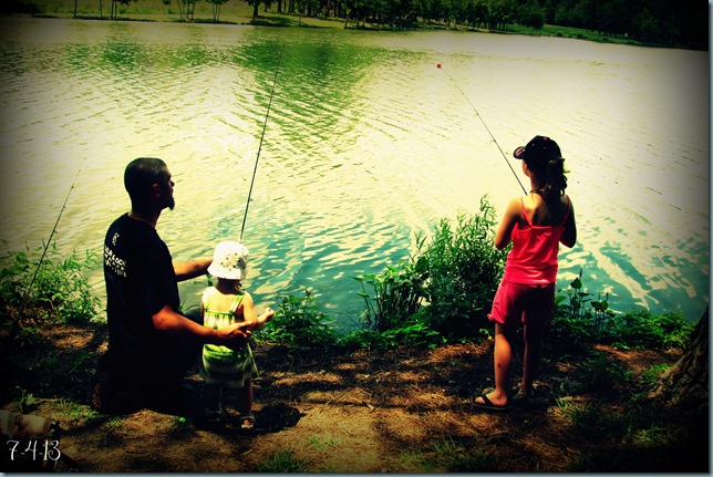 daddy daughters fishing