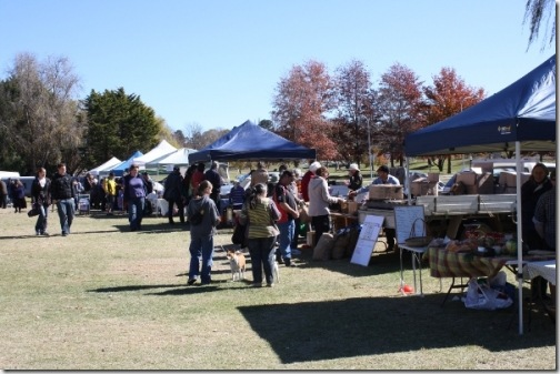 1305958930_farmers-market-armidale