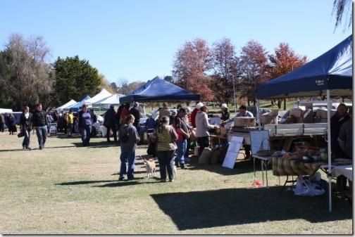 1305958930_farmers-market-armidale
