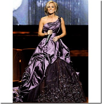 carrie_underwood_purple_one_shoulder_taffeta_gown_2010_cma