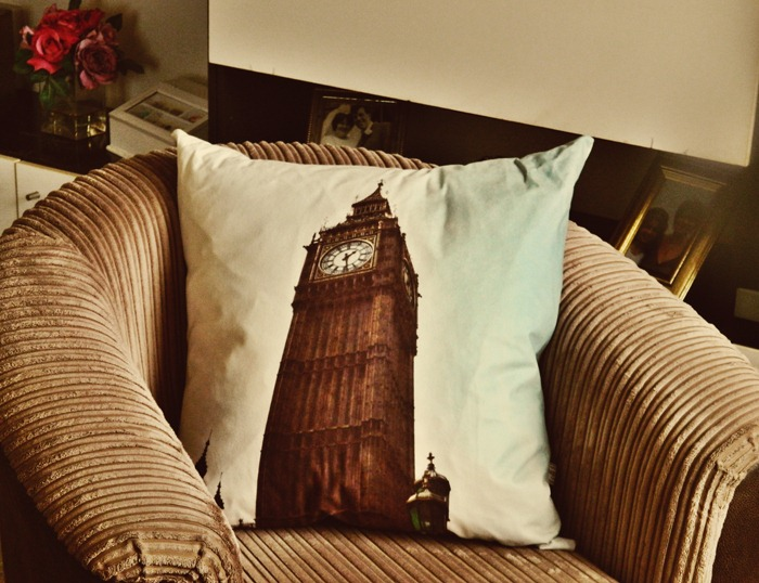 Bags-of-Love-Big-Ben-Cushion