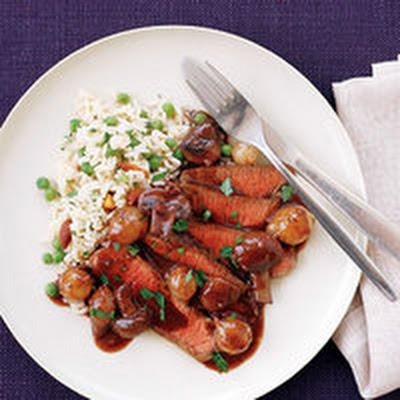 mushroom sauce the pioneer woman steak with burgundy mushroom sauce ...
