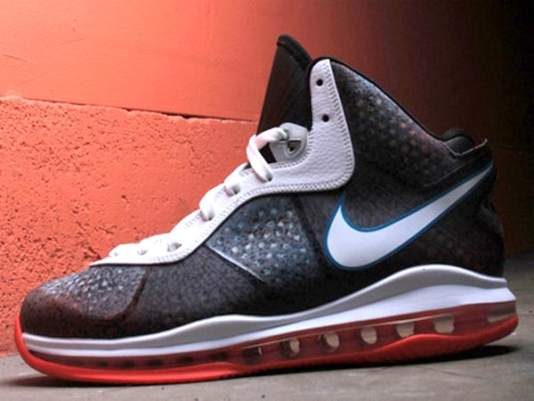 Nike LeBron 8 8220Miami Nights8221 were in fact Designed for Los Angeles
