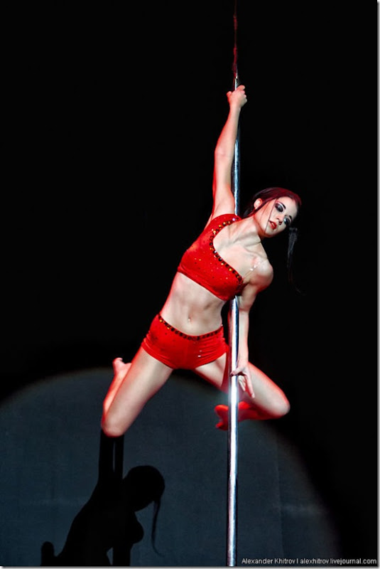 russian-pole-dancing-competition-46