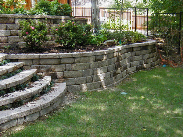 Retaining_walls_ideas_with_steps Retaining Wall Ideas