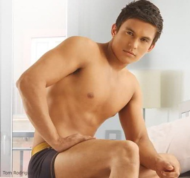 tom rodriguez4