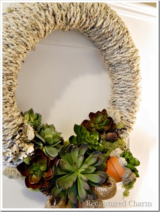 finger knitted wreath 27