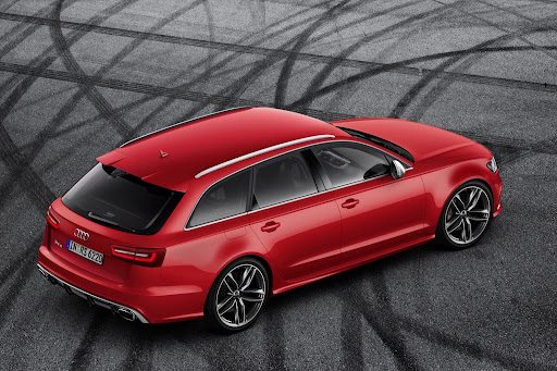 2014-Audi-RS6-Avant-07.jpg