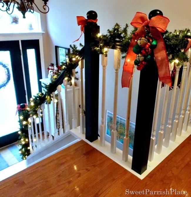 Christmas Banister2