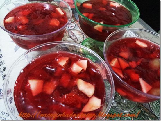 gelatina-com-fruas-03