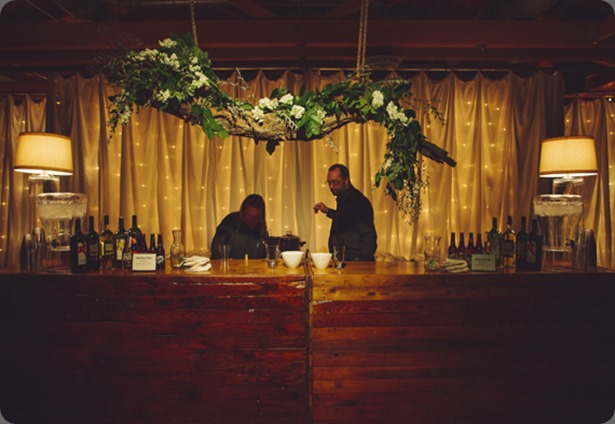 bar arrangement diy-vintage-winter-wedding-21 our labor of love and amy osaba