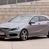 2013-Mercedes-A-Class-20.jpg