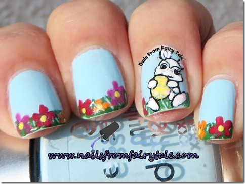 easter-bunny-in-a-grass-nail-art-2