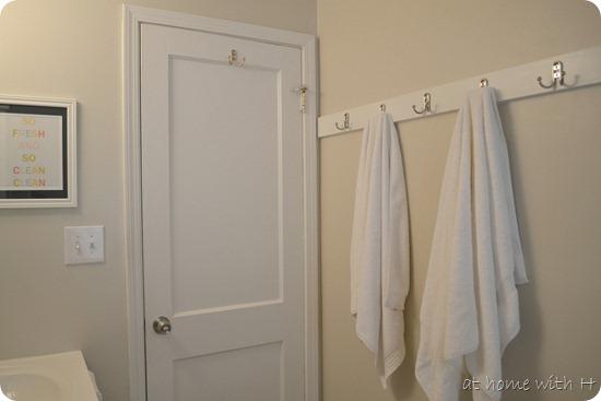 bathroom_after_towelbar_athomewithh