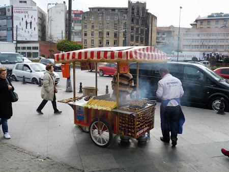 Imagini Istanbul: castane de vanzare