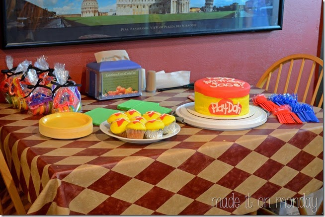 Pizza & Play Doh Birthday Party @ Made it on Monday