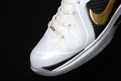 nike lebron 9 ps elite white gold home 9 09 kenlu LeBron 9 P.S. Elite White/Gold (Home) & Black/Gold (Away)