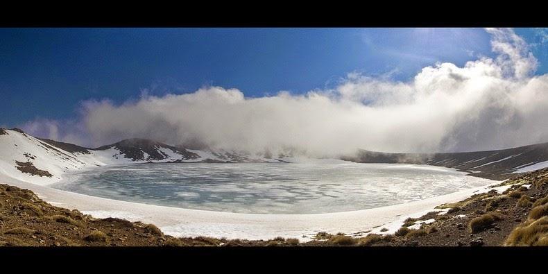tongariro-lakes-3