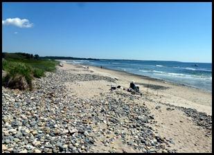 03l - Barrier Beach Trail - rocky coast north