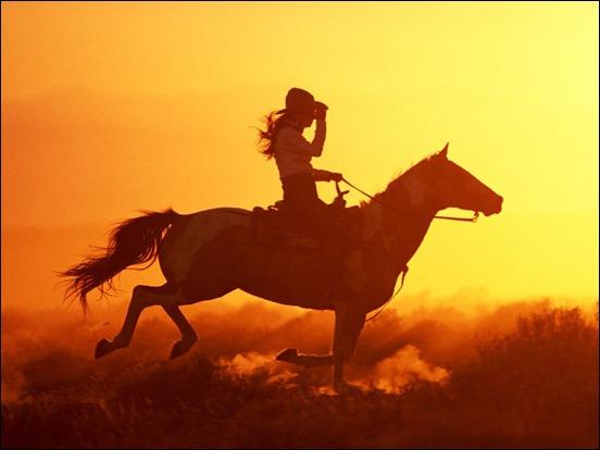 woman_riding_horse