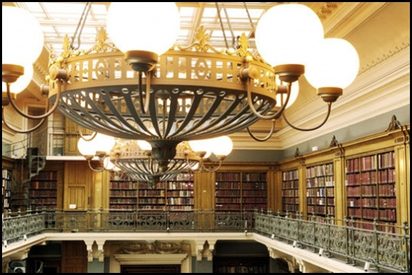 Victoria and Albert Museum, Public Library, Londres, Angleterre 01