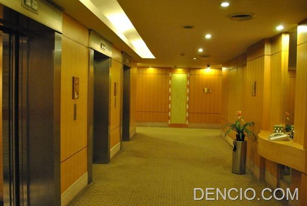 Crowne Plaza Manila Galleria 02