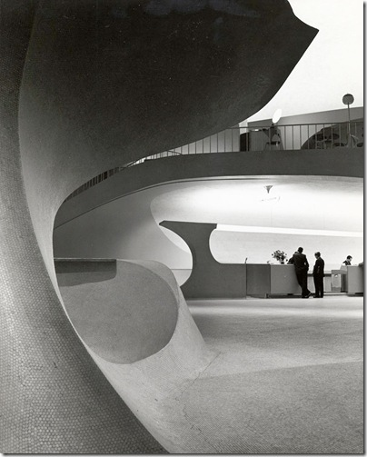 Ezra Stoller_TWA Terminal at Idlewild (now JFK) Airport, Eero Saarinen, New York, NY, 1962 5