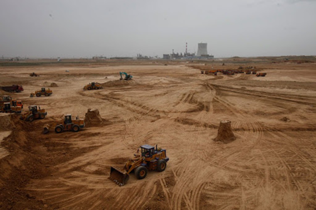 China is building the world's largest coal base. Photo: Lu Guang / Greenpeace