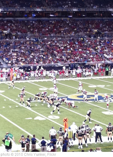 'Rams vs. Cardinals' photo (c) 2010, Chris Yunker - license: http://creativecommons.org/licenses/by-sa/2.0/