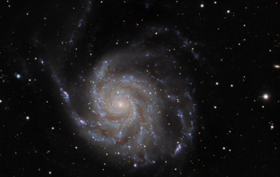 galáxia M101
