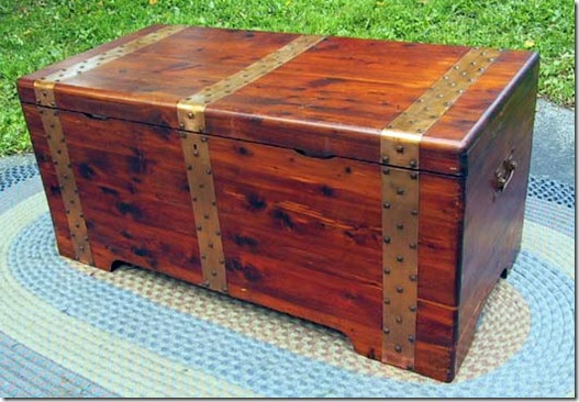 solid cedar chest 1