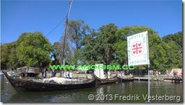 DSC08488.JPG Vikinga2. Amoristflagga vikingabåtar (1) Bättrad. Med amorism