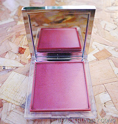 Clinique Gradient Powder Blusher