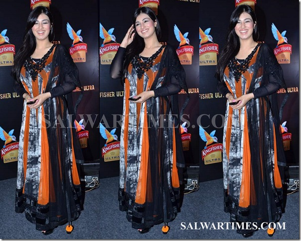Archana_Kocchar_Lakme_Fashion_Week.