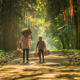 Back Home by Agustian Harun - People Family ( family )