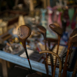 Vintage golf clubs by Markus Jalmerot - Sports & Fitness Golf ( golfclubs, vintage, street, golf, street photography )
