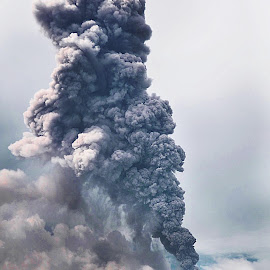 by Kriswanto Ginting's - News & Events Disasters ( blowing, ash, volcano, indonesia, sinabung )