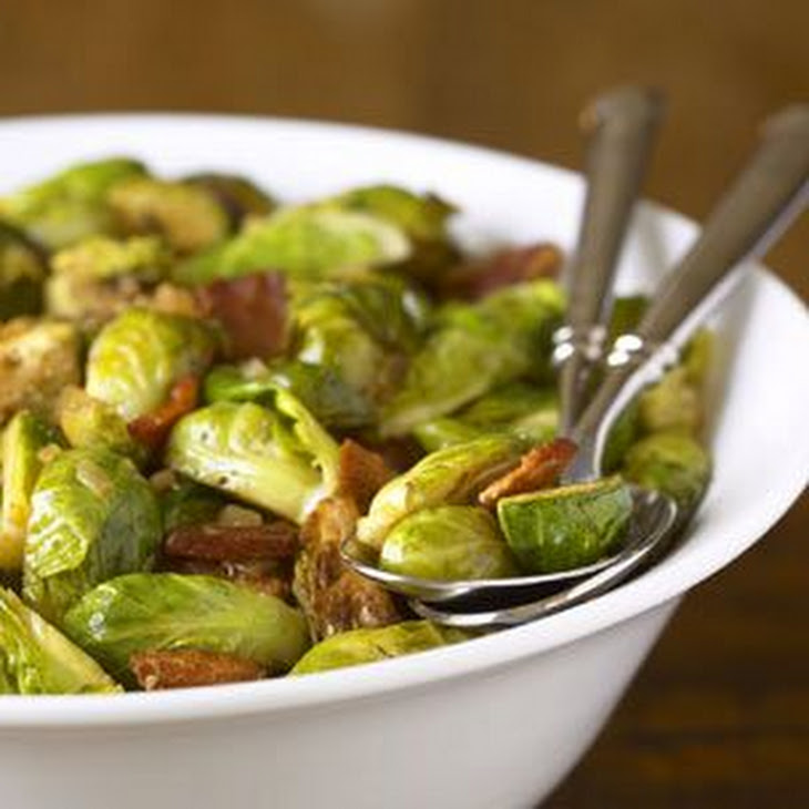 Brussels Sprouts with Bacon and Thyme Recipe | Yummly