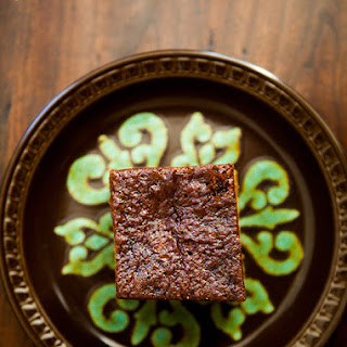 Triple Ginger Gingerbread Cake