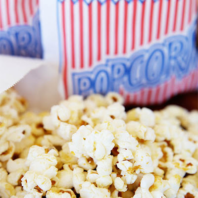 Homemade Kettle Corn {Recipe}