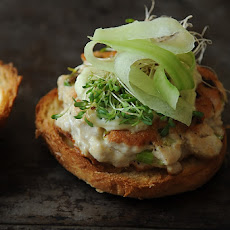 Tuna Burgers with Wasabi Ginger Mayonnaise