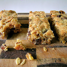 Almond-Oat Bars