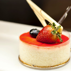 Cheese Cake by Edison Madrideo - Food & Drink Candy & Dessert ( cheese cake dessert yummy red yellow sweet,  )