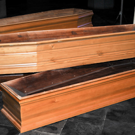 Coffins by Lucien Vandenbroucke - Artistic Objects Furniture