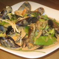 Thai Green Mussel Curry